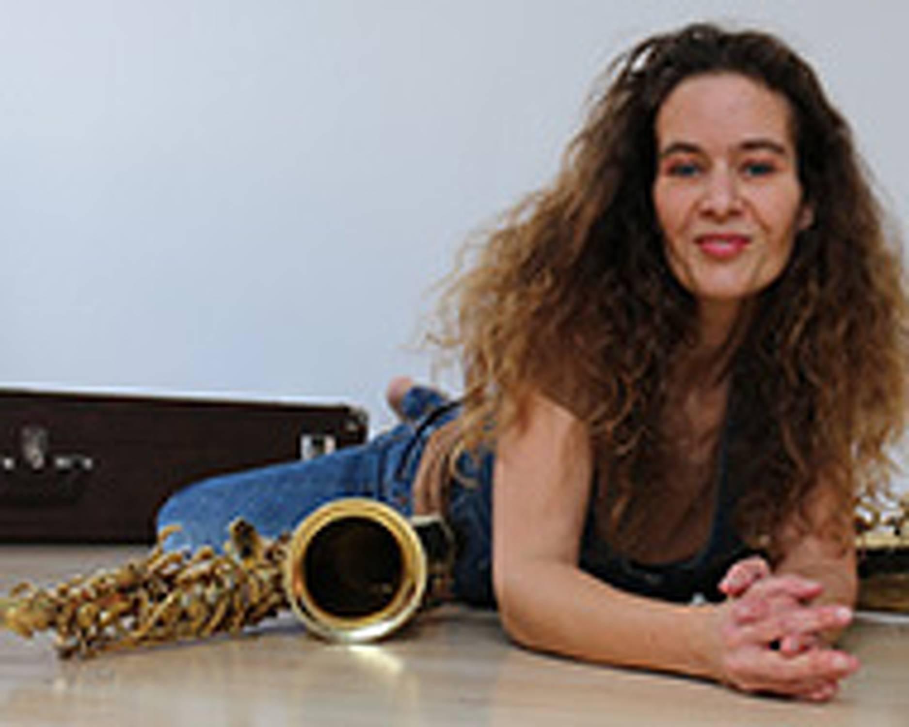 Lady Luck - Saxophone Player from Munich - Künstler-Collection
